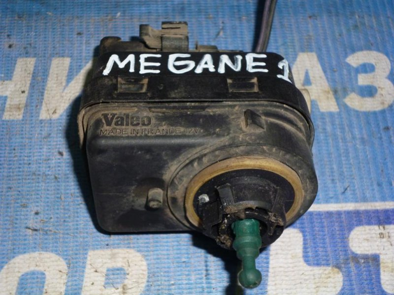 Моторчик корректора фары Renault Megane 1 1.6 (K4MA700) 1999 (б/у)