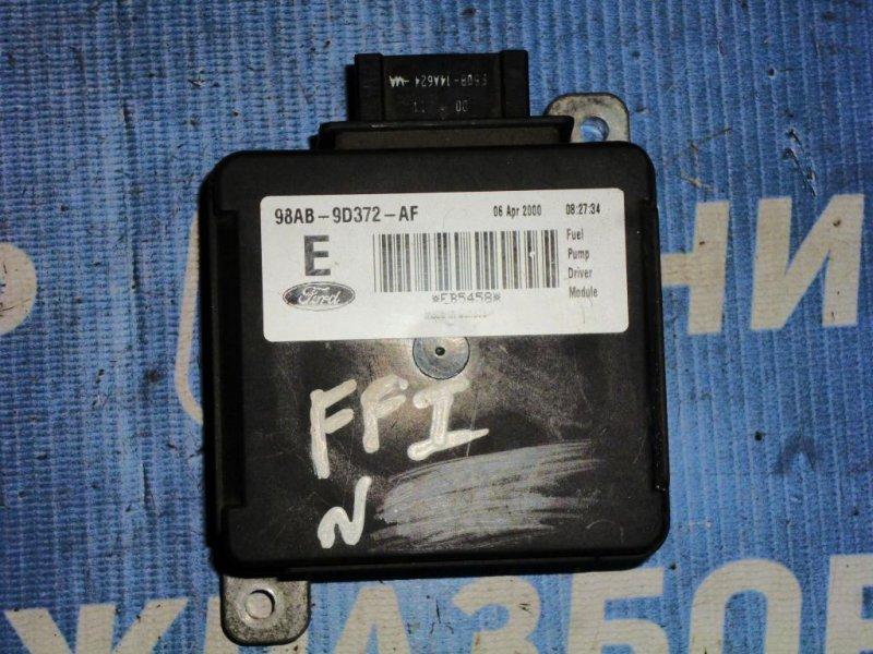 Реле топливного насоса Ford Focus 1 СЕДАН 2.0L SPLIT PORT 2000 (б/у)