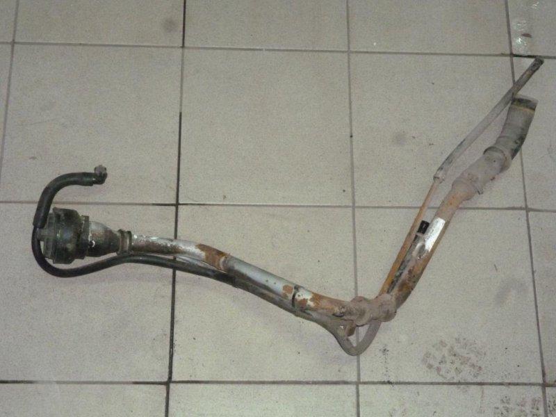 Горловина топливного бака Ford Focus 1 СЕДАН 2.0L SPLIT PORT 2000 (б/у)