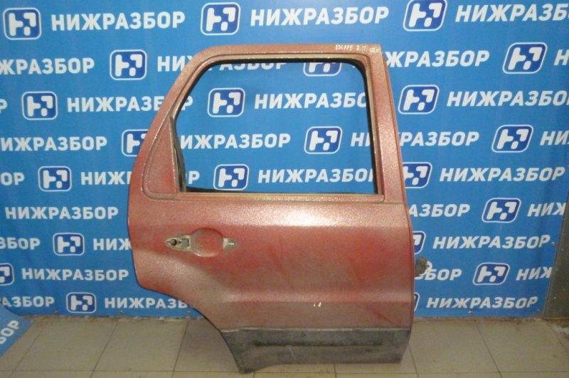 Дверь Ford Escape КРОССОВЕР 2.0L ZETEC 2002 задняя правая (б/у)