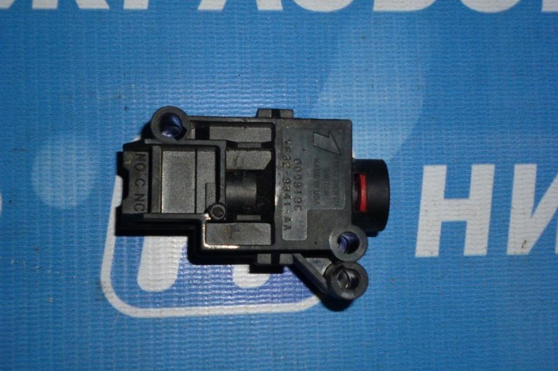 Клапан отсечки топлива Ford Escape КРОССОВЕР 2.0L ZETEC 2002 (б/у)