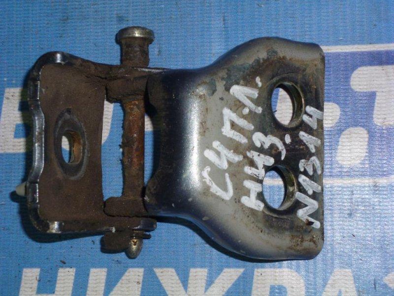 Петля двери Citroen C4 ХЭТЧБЕК 1.6 (PSA NFU) 2005 передняя левая нижняя (б/у)