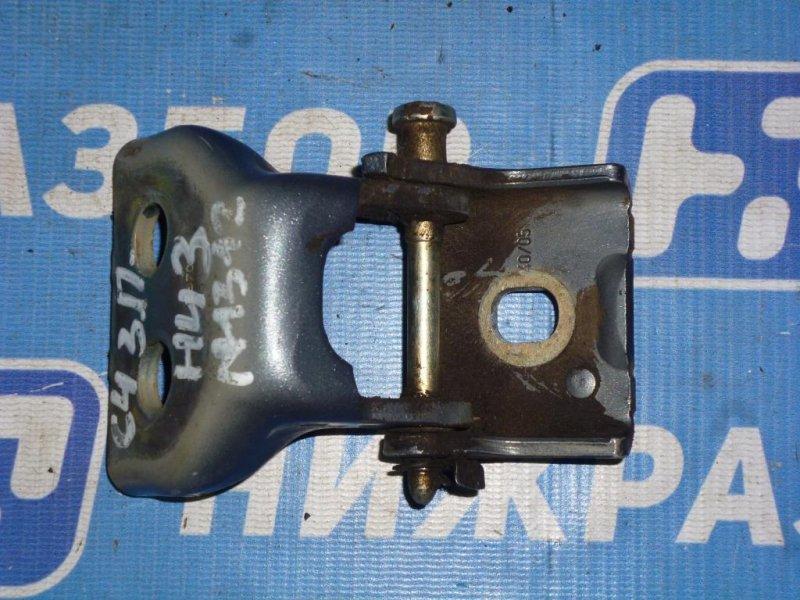 Петля двери Citroen C4 ХЭТЧБЕК 1.6 (PSA NFU) 2005 задняя правая нижняя (б/у)