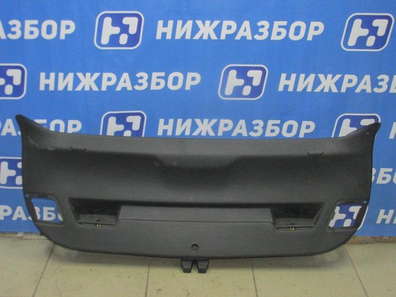 Накладка двери багажника Opel Astra J 2010 (б/у)