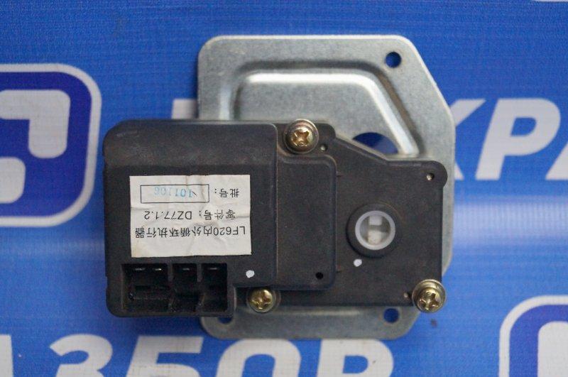 Моторчик заслонки печки Lifan Solano 620 1.6 LF481Q3 2011 (б/у)