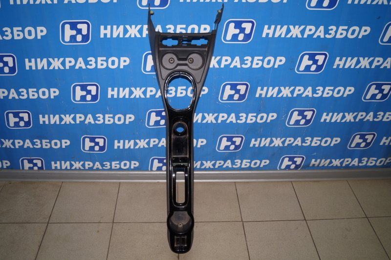 Консоль Renault Duster 2.0 F4RB403 2012 (б/у)