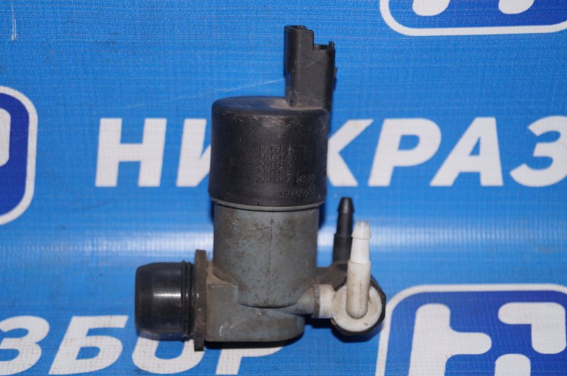 Насос омывателя Renault Duster 2.0 F4RB403 2012 (б/у)