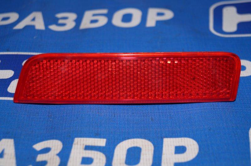 Отражатель в бампер Renault Duster 2.0 F4RB403 2012 задний правый (б/у)