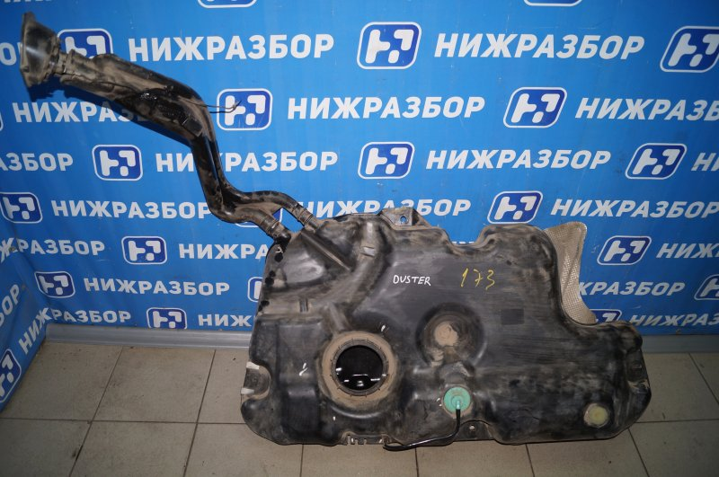 Бензобак Renault Duster 2.0 F4RB403 2012 (б/у)