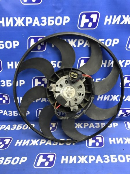 Моторчик вентилятора Ford Focus 3 передний (б/у)