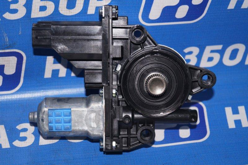Моторчик стеклоподъемника Kia Sorento Prime UM 2.2 TDI (D4HB) 2018 передний правый (б/у)