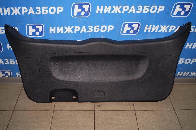 Обшивка двери багажника Kia Sorento Prime UM 2.2 TDI 2018 (б/у)