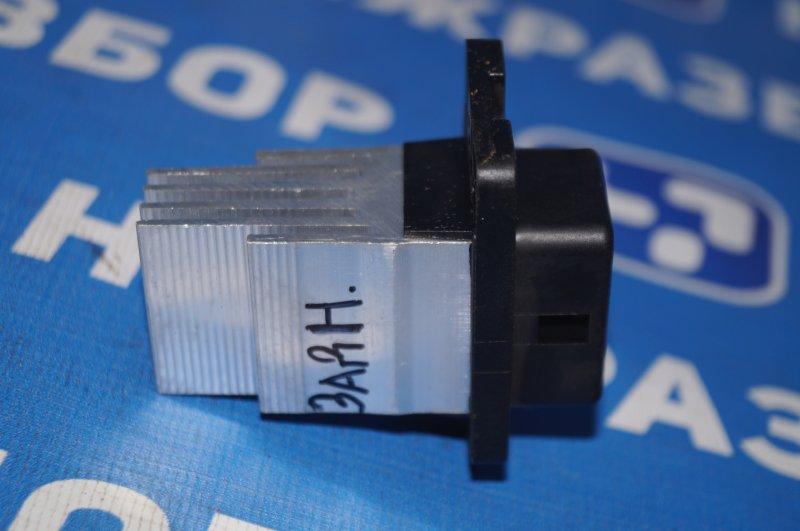 Резистор отопителя Kia Sorento Prime UM 2.2 TDI (D4HB) 2018 задний (б/у)