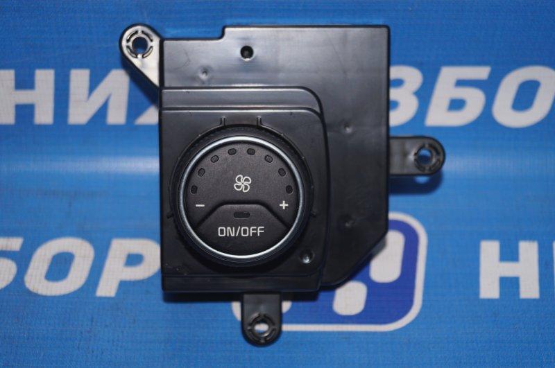Блок управления климатической установкой Kia Sorento Prime UM 2.2 TDI (D4HB) 2018 задний (б/у)