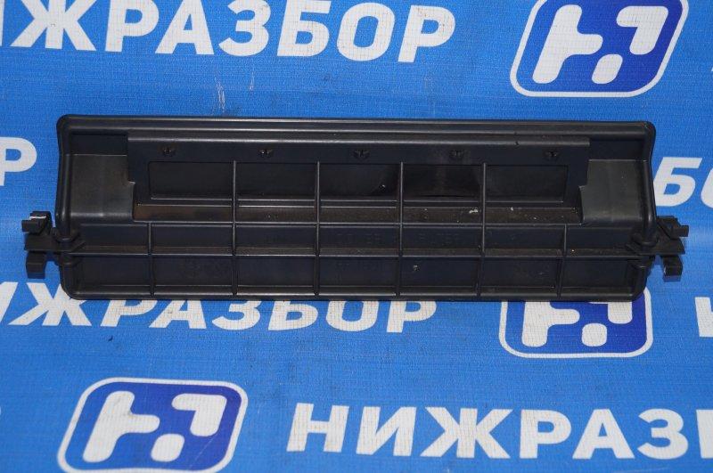 Крышка салонного фильтра Kia Sorento Prime UM 2.2 TDI (D4HB) 2018 (б/у)