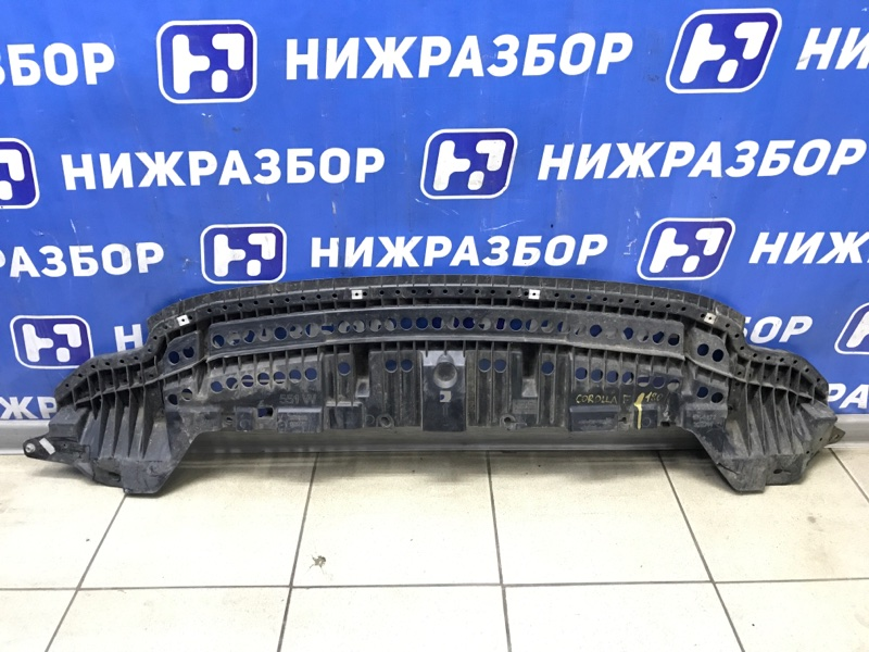 Пыльник двигателя Toyota Corolla E180 передний (б/у)