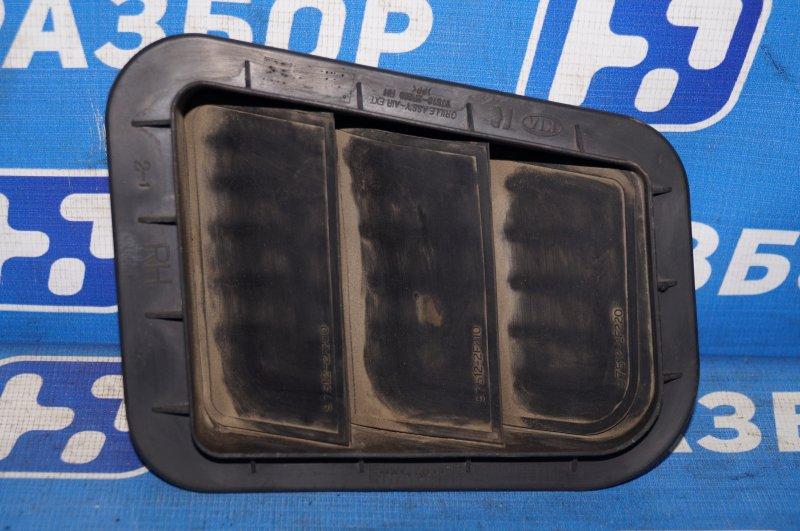 Решетка вентиляционная Hyundai Solaris RB 1.4 (G4FA) 2013 правая (б/у)
