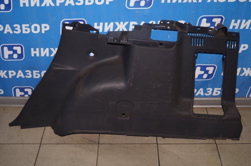 Обшивка багажника Renault Duster 2.0 F4RA400 2013 правая (б/у)