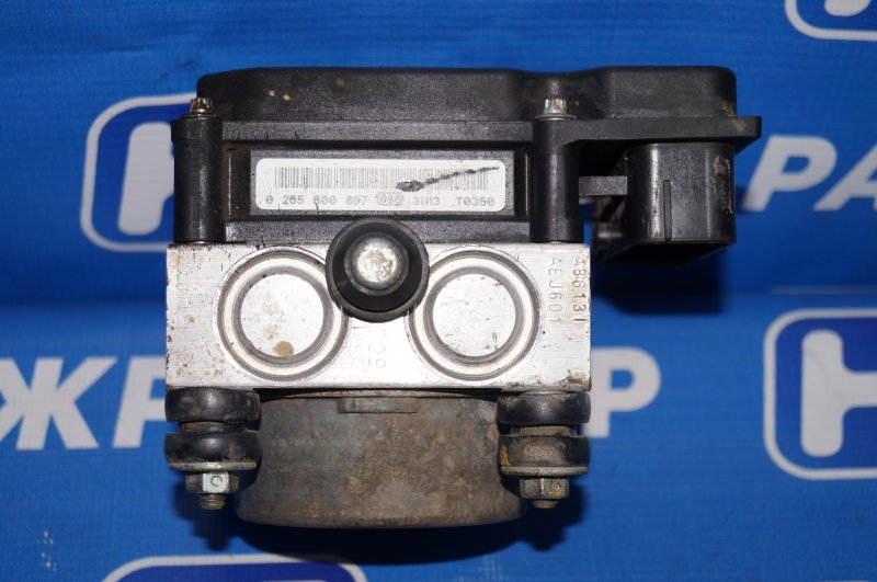 Блок abs (насос) Renault Duster 2.0 F4RA400 2013 (б/у)