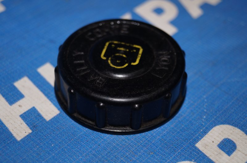 Крышка бачка гидроусилителя Renault Duster 2.0 F4RA400 2013 (б/у)