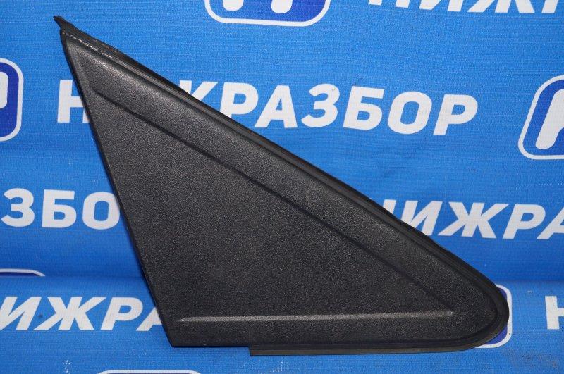 Накладка зеркала Ford Focus 2 1.6 (HXDA) 2005 правая (б/у)