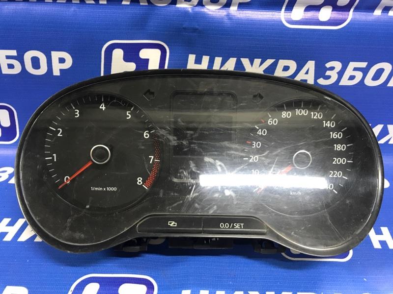 Панель приборов Volkswagen Polo Sedan (б/у)