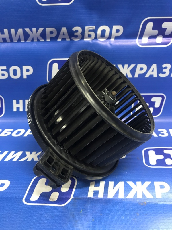 Моторчик печки Hyundai Solaris (б/у)