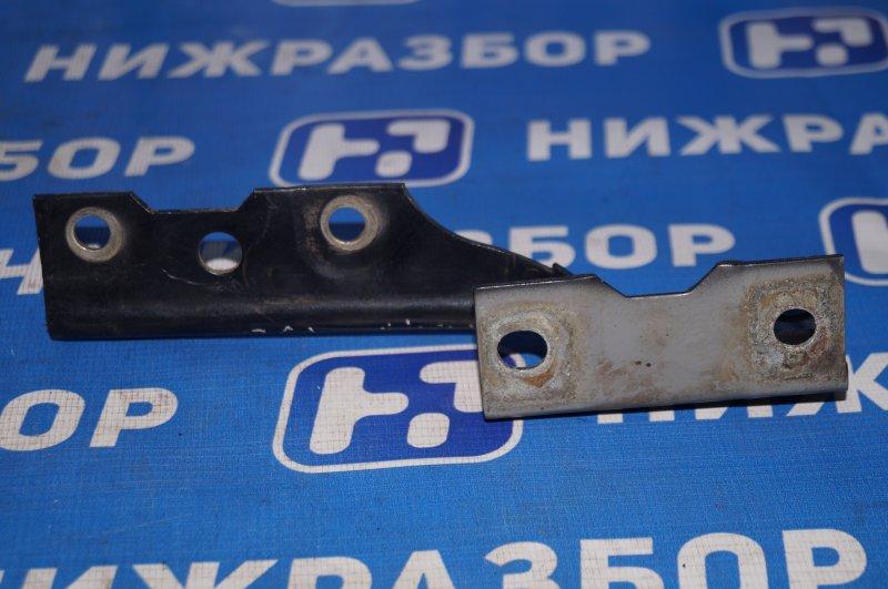 Петля капота Chery Fora A21 2.0 2006 правая (б/у)
