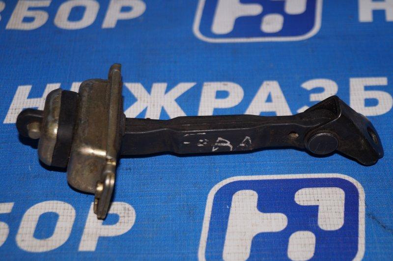 Ограничитель двери Chery Fora A21 2.0 2006 передний правый (б/у)