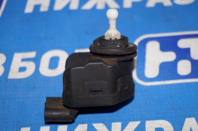 Моторчик корректора фары Lifan Breez 520 1.3 LF479Q3 2008 (б/у)