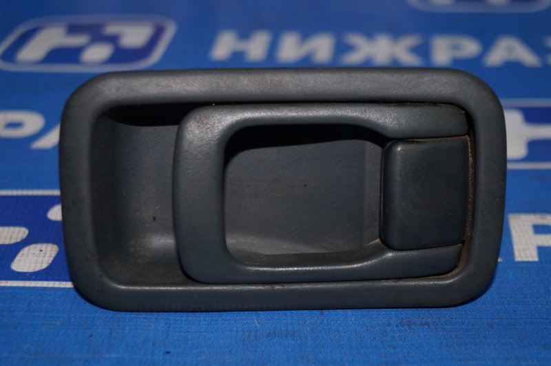 Ручка двери внутренняя Nissan Almera N15 GA15DE 1999 задняя правая (б/у)