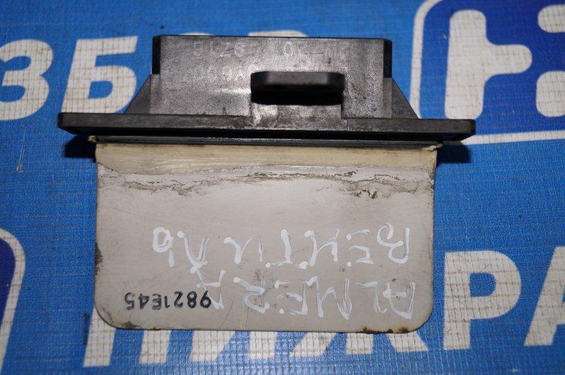 Резистор отопителя Nissan Almera N15 GA15DE 1999 (б/у)