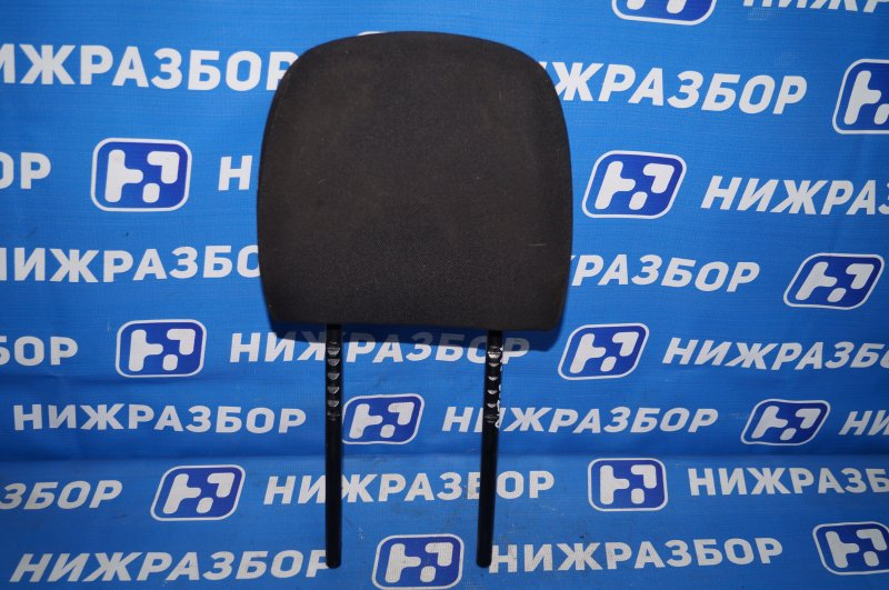 Подголовник Renault Duster 2.0 F4RA400 2013 задний (б/у)
