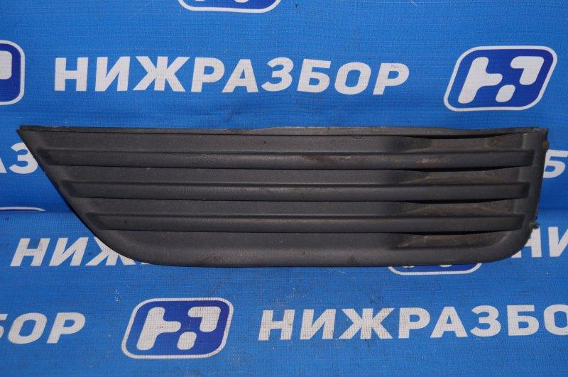 Решетка в бампер Ford Focus 2 1.8 (QQDB) 2007 передняя левая (б/у)