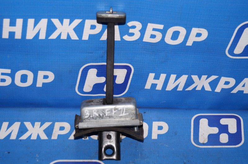 Ограничитель двери Ford Focus 2 1.8 (QQDB) 2007 задний правый (б/у)