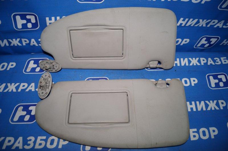 Козырек солнцезащитный Ford Focus 2 1.6 (HXDB) 2007 (б/у)