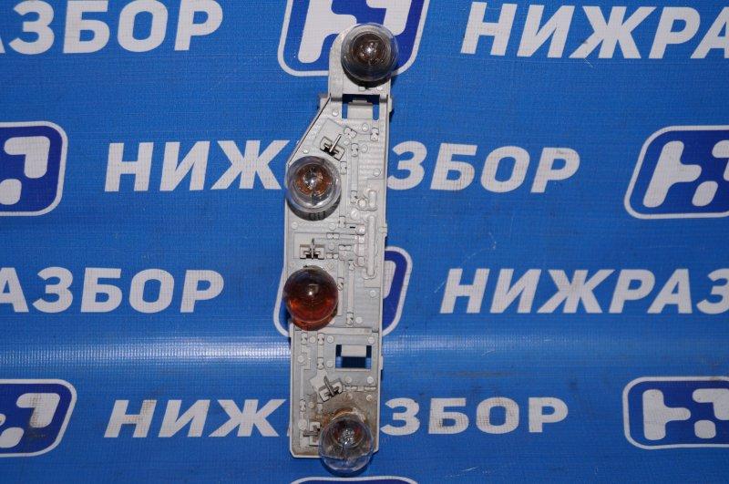 Плата фонаря Ford Focus 2 1.6 (HXDB) 2007 задняя левая (б/у)