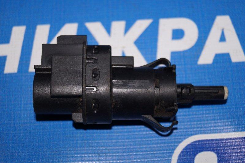 Датчик включения стопсигнала Ford Focus 2 1.6 (HXDB) 2007 (б/у)