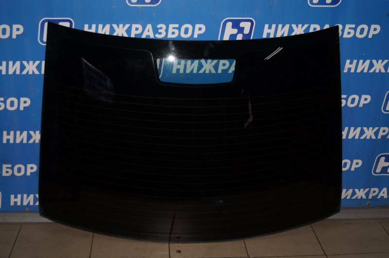Стекло Ford Focus 2 1.6 (HXDB) 2007 заднее (б/у)