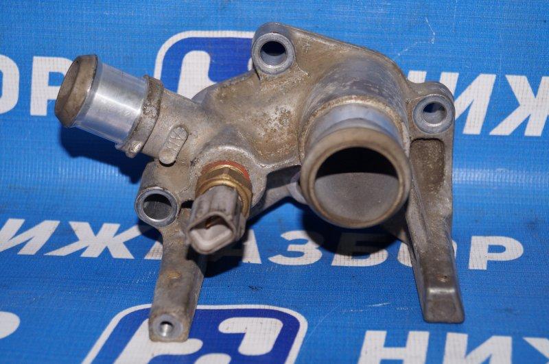 Фланец двигателя системы охлаждения Ford Focus 2 1.6 (HXDB) 2007 (б/у)