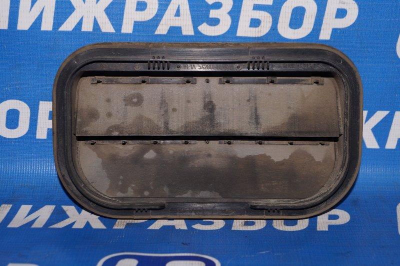 Решетка вентиляционная Ford Focus 2 1.6 (HXDB) 2007 (б/у)