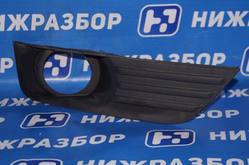 Решетка в бампер Ford Focus 2 1.6 (HXDB) 2007 передняя правая (б/у)