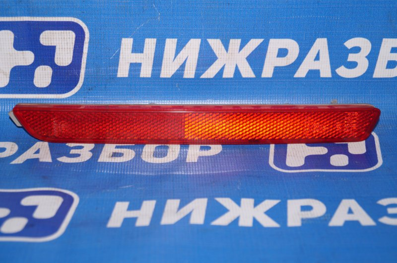 Отражатель в бампер Mazda Cx 7 ER 2.3T (L3) 2008 задний правый (б/у)