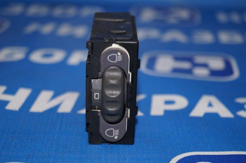 Кнопка корректора фар Renault Clio /symbol 1.4 K7JA700 2000 (б/у)