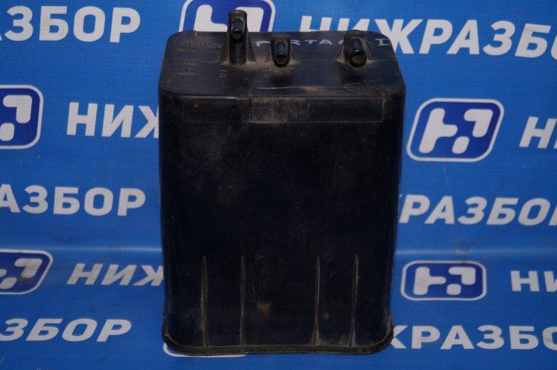 Абсорбер (фильтр угольный) Kia Sportage 1 JA 2.0 FE 2000 (б/у)