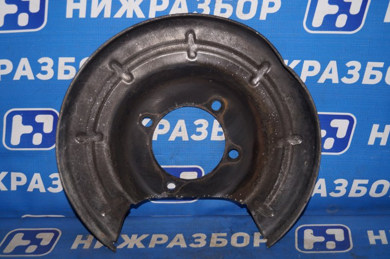 Пыльник тормозного диска Opel Astra J СЕДАН 1.4T (A14NET) 19DV2533 2013 задний правый (б/у)