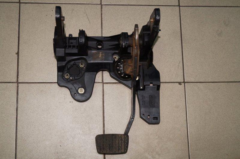 Педаль тормоза Opel Astra J СЕДАН 1.4T (A14NET) 19DV2533 2013 (б/у)