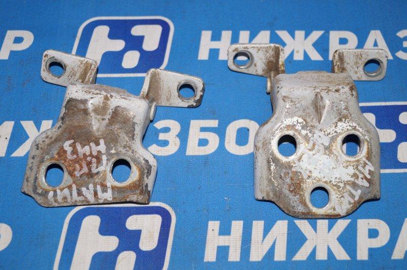 Петля двери Daewoo Matiz передняя правая (б/у)