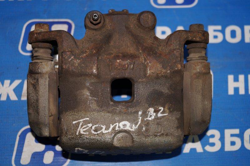 Суппорт Nissan Teana J32 2.5 2010 передний правый (б/у)