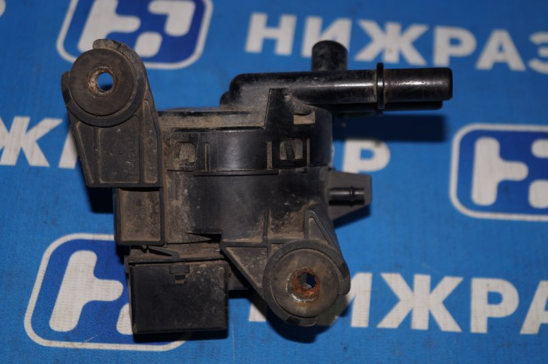 Клапан вентиляции топливного бака Ford Focus 1 (б/у)